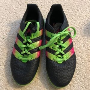 Adidas Indoor Soccer shoes/ Turf shoes.  Size 3.5